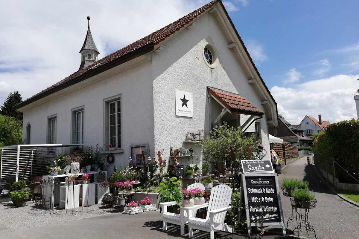Kapelle-Sternenschmuck-1200x800px